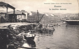 Messina:  the destroyed dock, on the edge of it, the telluric movement has provoked a crack in the land  by the terrible earthquake of magnitude 7.2 which counted between 90,000 and 120,000 victims throughout the affected area. Postcard of a series published by the Red Cross to subscribe for the earthquake victims, pioneering media system for collecting funds for the victims of natural disaster, that the digital age is through the commercials touting sending SMS. The earthquake lasted for 37 long seconds, starting at 05:21 of December 28, 1908. (Photo by Fototeca Gilardi/Getty Images).