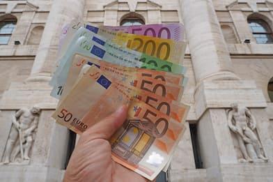 Dl agosto: spinta ai consumi da 2 mld, bonus con pagamenti Pos. FOTO