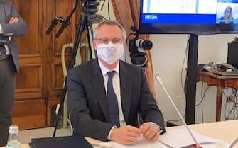 Una foto tratta dal profilo del Presidente di Confindustria, Carlo Bonomi, mostra un momento dello svolgimento della quarta giornata degli Stati Generali a Villa Pamphilj, Roma, 17u Giugno 2020. TWITTER