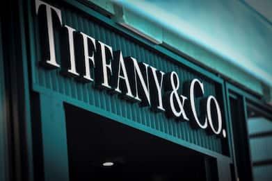 Acquisizione Tiffany, Lvmh si tira indietro: non ci sono le condizioni