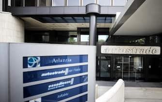 La sede di Autostrade durante il consiglio di amministrazione di Atlantia, Roma, 22 agosto 2018. ANSA/ANGELO CARCONI