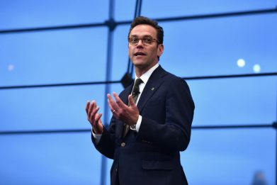 James Murdoch si dimette dal board di News Corp