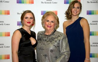 WASHINGTON, DC - DECEMBER 02: Jacqueline Mars, center, and her granddaughters, Graysen Airth, left, and Katherine Burgstahler, right, arrive for the formal Artist's Dinner honoring the recipients of the 40th Annual Kennedy Center Honors hosted by United States Secretary of State Rex Tillerson at the US Department of State in Washington, D.C. on Saturday, December 2, 2017. The 2017 honorees are: American dancer and choreographer Carmen de Lavallade; Cuban American singer-songwriter and actress Gloria Estefan; American hip hop artist and entertainment icon LL COOL J; American television writer and producer Norman Lear; and American musician and record producer Lionel Richie. (Photo by Ron Sachs-Pool/Getty Images)