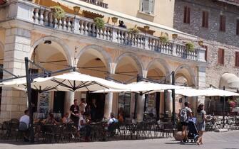 Le strade della città ed i luoghi storici con pochi turisti in giro per le strade ad Assisi, 11 luglio 2020. ANSA/Gianluigi Basilietti