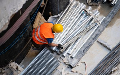 Incidenti lavoro, operaio muore in vasca centrale elettrica
