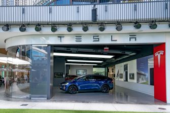 CENTURY CITY, CA - AUGUST 12: A general view of the Tesla Store at the Westfield Century City shopping mall on August 12, 2020 in Century City, California.  (Photo by AaronP/Bauer-Griffin/GC Images)
