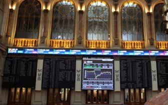 epa08792587 View of the Spanish Stock Exchange in Madrid, Spain on 02 October 2020 that has opened with a fall of the 0,54 per cent due to the doubts about the long-term coronavirus effect in the tourism sector.  EPA/Ana Bornay