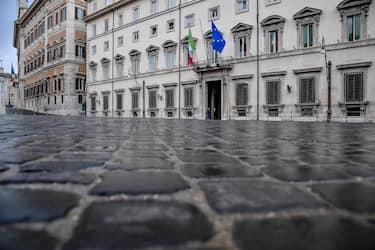Palazzo Chigi durante il consiglio dei ministri, Roma, 16 novembre 2020. ANSA/ALESSANDRO DI MEO