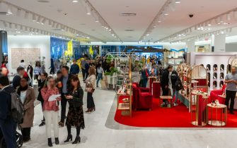 Visitors to the Neiman Marcus department store in the Hudson Yards mall on the West Side of Manhattan on its grand opening day, Friday, March 15, 2019. Retailers, including the Neiman Marcus department store, opened their shops in the development which was built on a platform over the West Side railroad yards. Office, residential, public space and retail space comprise the first phase in what is arguably the most expensive construction project ever built in the U.S.   (Photo by Richard B. Levine) (New York - 2019-03-15, Richard B. Levine / IPA) p.s. la foto e' utilizzabile nel rispetto del contesto in cui e' stata scattata, e senza intento diffamatorio del decoro delle persone rappresentate