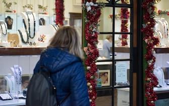 Foto LaPresse/Stefano Guidi 23 12 2018 Torino (Italia) cronaca Shopping natalizio a Torino Photo LaPresse/Stefano Guidi 23 12 2018 Turin (Italy) news Christmas shopping in Turin