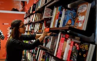 Foto  LaPresse/ Claudio Furlan 27 Aprile 2019, Milano Libreria Giunti di via Vitruvio