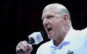 epa05188175 Los Angeles Clippers owner Steve Ballmer introduces the Clippers' new mascot at half time of their game against the Brooklyn Nets in Los Angeles, California, USA, 29 February 2016. The Clippers won the contest.  EPA/PAUL BUCK CORBIS OUT