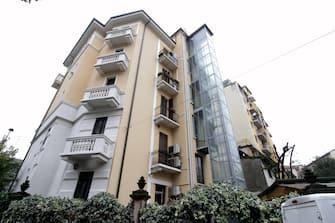 Una veduta esterna del palazzo di via Murillo 10 dove è stata eseguita una riqualificazione energetica, nell'ambito dell'inaugurazione del condominio che ha beneficiato dell'ecobonus, Milano, 15 ottobre 2019. ANSA/ PAOLO SALMOIRAGO