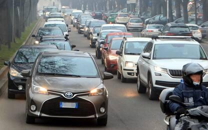 Covid, un italiano su 4 vorrebbe rimborso su prezzo Rc auto nel 2021