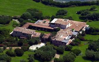 ©FREZZA LA FATA/LAPRESSE29-10-2003CERTOSA -ITALIA-INTERNILA VILLA DI SILVIO BERLUSCONINELLA FOTO: UNA VISTA DELLA SPLENDIDA VILLA DI SILVIO BERLUSCONI A CERTOSA IN SARDEGNA