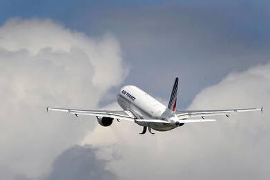 Air France-KLM, da Ue via libera a ricapitalizzazione da 4 mld euro