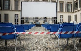 Il cortile del Palazzo Reale di Milano allestito per il cinema all'aperto che aprirà tra pochi giorni, 12 Giugno 2020. ANSA/MATTEO CORNER