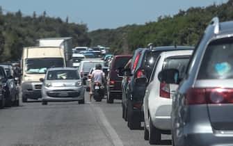 20/06/2020, Ostia, Capocotta, assalto alle spiagge nel primo week-end di sole della stagione. Fila sulla Litoranea per raggiungere il mare