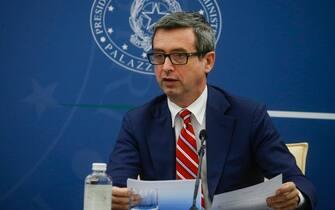 Il ministro del lavoro, Andrea Orlando, durante la conferenza stampa per illustrare il decreto  Imprese, Lavoro, Giovani e Salute , Roma, 20 maggio 2021. ANSA/FABIO FRUSTACI/POOL