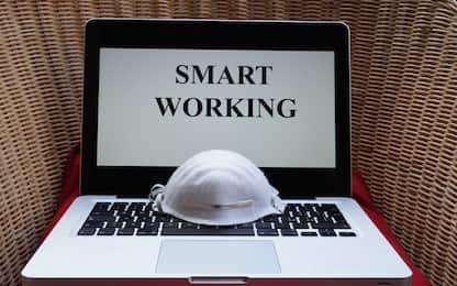 Green pass, chi non ce l'ha può lavorare in smart working? Cosa sapere