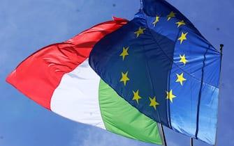 La bandiere di Italia ed Europa all'apertura del Global Health Summit a Roma, 21 maggio 2021. ANSA/FILIPPO ATTILI/US PALAZZO CHIGI ++++ NO SALES, EDITORIAL USE ONLY ++++