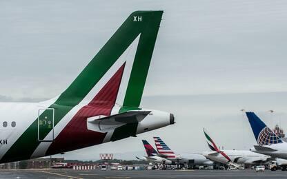 Alitalia, pubblicato il bando per la cessione del marchio