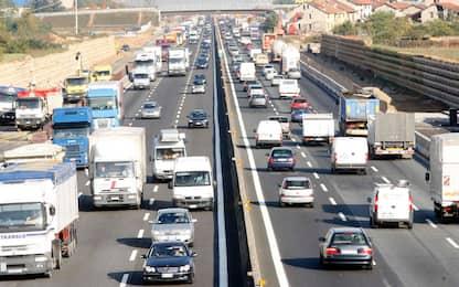 Traffico, al via l'esodo d'agosto: i punti critici nel weekend