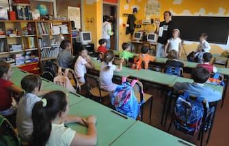 Bambini in una scuola elementare