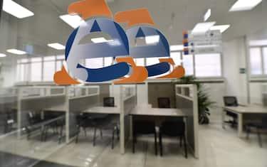 I nuovi locali dell'Agenzia delle Entrate di via Finocchiaro Aprile durante l'inaugurazione. Genova, 20 Gennaio 2020. ANSA/LUCA ZENNARO