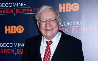 """New York, NY 01/19/17 HBO's """"Becoming Warren Buffett"""" Film Premiere , New York, NY -   -PICTURED: Warren Buffett -PHOTO by: Marcus Owen/startraksphoto.com -MAY_5489  Editorial - Rights Managed Image - Please contact www.startraksphoto.com for licensing fee Startraks Photo New York, NY For licensing please call 212-414-9464 or email sales@startraksphoto.com Startraks Photo reserves the right to pursue unauthorized users of this image. If you violate our intellectual property you may be liable for actual damages, loss of income, and profits you derive from the use of this image, and where appropriate, the cost of collection and/or statutory damages."""