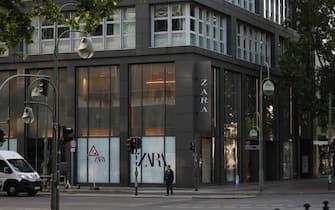BERLIN, GERMANY - JUNE 10: General view of the Zara Store at Kurfürstendamm on June 10, 2020 in Berlin, Germany. (Photo by Jeremy Moeller/Getty Images)