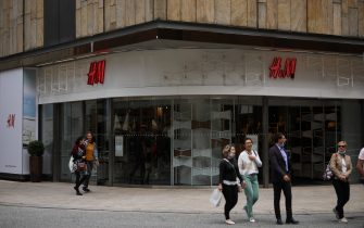 HAMBURG, GERMANY - JULY 03: A H&M sign store is seen on July 03, 2020 in Hamburg, Germany. (Photo by Jeremy Moeller/Getty Images)