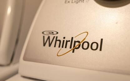 """Whirlpool Napoli, lettera azienda: """"Stop attività da primo novembre"""""""