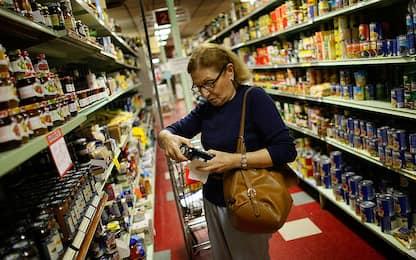 Inflazione: Istat conferma, a giugno +0,1% su mese, -0,2% su anno