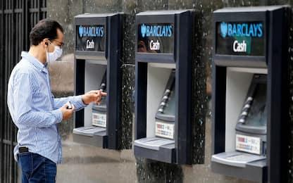 Banche: Bankitalia, a giugno prestiti +2,3% su anno, a famiglie +1,6%