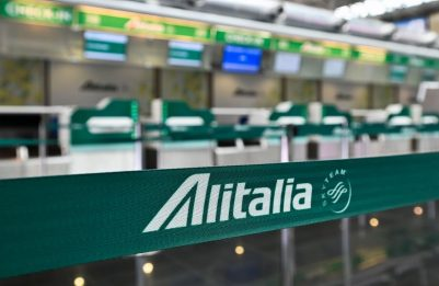 Alitalia, Italia e Ue cercano un compromesso su nuova Ita