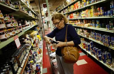 Inflazione: Istat conferma, ad agosto +0,3% su mese e -0,5% su anno