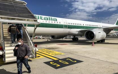 Alitalia, sindacati: azienda non dialoga, sbagliate scelte strategiche