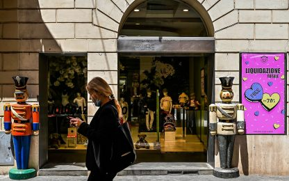 Istat: pandemia colpisce commercio, -470mila lavoratori