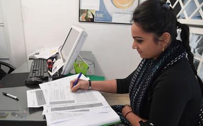 Covid-19 conferma gender pay gap, per donne buste paga più leggere