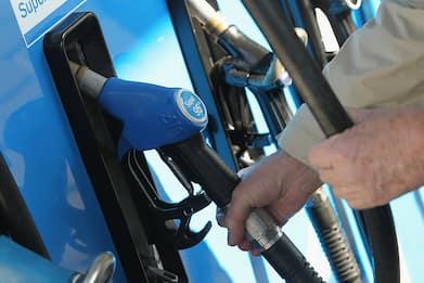 Carburanti: gestori, al via sciopero