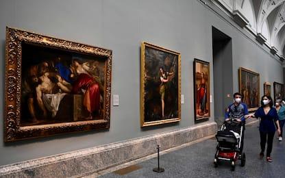 Coronavirus Spagna, a Madrid riapre il museo del Prado. FOTO