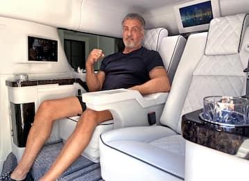 Sylvester Stallone mette in vendita il suo suv super accessoriato