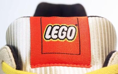 Adidas e Lego produrranno un nuovo modello di scarpe. VIDEO