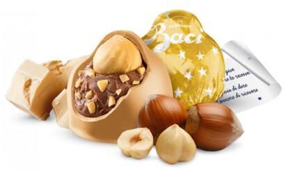 """Bacio Perugina """"Gold"""", il nuovo cioccolatino è già fenomeno Web"""
