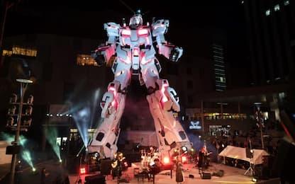 Giappone, il robot Gundam diventa realtà e muove i primi passi. VIDEO