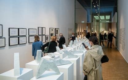 Enzo Mari, le opere del designer in mostra alla Triennale di Milano