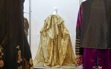 rsz_16_romaison_exhibition_view_costumi_d_arte_peruzziph_credit_simon_d_exéa
