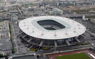 An aerial view taken on October 15, 2008 shows the Stade de France in Saint-Denis, near Paris.  AFP PHOTO JOEL SAGET / AFP PHOTO / JOEL SAGET        (Photo credit should read JOEL SAGET/AFP via Getty Images)