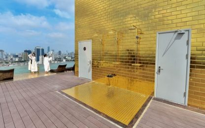 In Vietnam il primo hotel placcato d'oro al mondo. FOTO